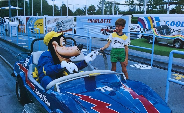 Goofy at the Grand Prix