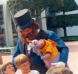 Dreamfinder and puppet Figment