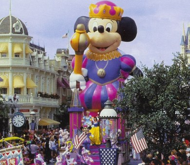Marti Gras Mickey float