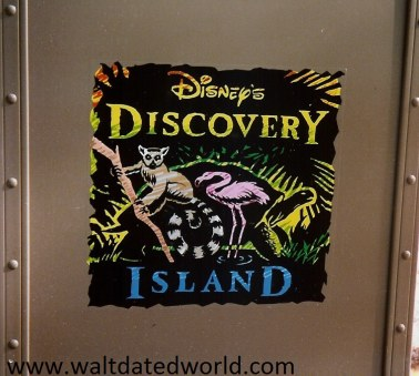 Discovery Island trash cans